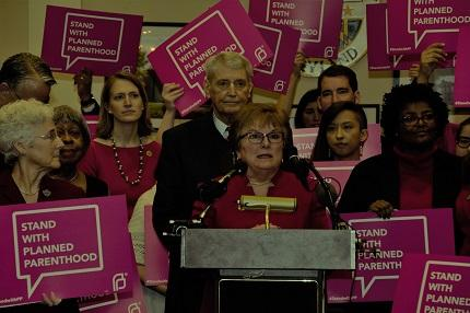 Senator King stands with Planned Parenthood