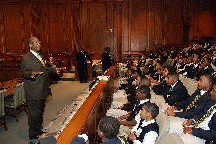 Senator McFadden speaking to a school group during the 2013 Legislative Session