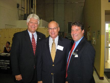 Senator Kasemeyer with Delegates DeBoy and Malone at the Maryland Food Bank